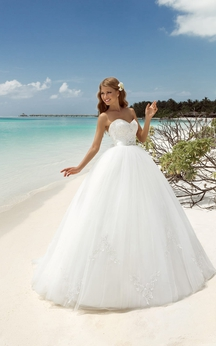 Ball Gown Maxi Sweetheart Sleeveless Lace-Up Tulle Dress With Beading And Appliques