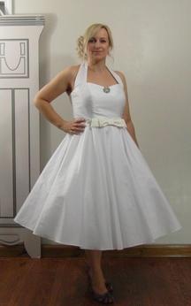 Tea Length Sleeveless A-Line Taffeta Gown With Satin Bow Sash