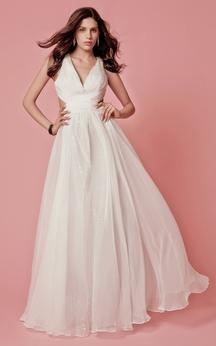 Stylish Sleeveless V-neck Long Chiffon Dress with Criss-cross Ruching and Side Cutouts