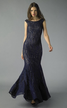 Mermaid Floor-length Bateau Short Sleeve Lace Low-V Back Dress