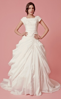 Romantic Pick-up A-line Taffeta Gown With Embroidered Neckline