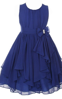 Sleeveless Scoop-neck A-line Ruched Dress With Bow