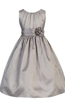 Sleeveless A-line Pleated Taffeta Dress With Flower
