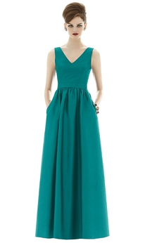 Noble Floor-Length V-Neck Satin Gown with Pockets and Pleats