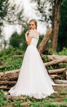 Sweetheart Tulle A-Line Dress With Lace Decoration