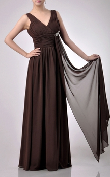 Charming Floor-length V-Neckline Empire Chiffon Bridesmaid Dress With Watteau Train