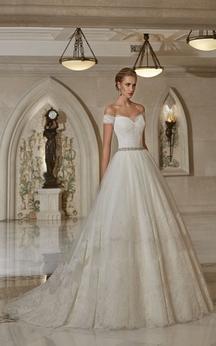 A-line Off-the-shoulder Sweetheart V Back Lace Dress With Crystal Detailing