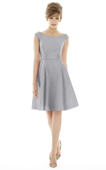 Graceful A-Line Bateau Satin Dress with Waistband and Pleats