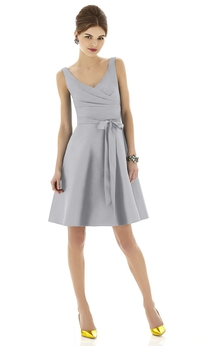 A-Line Short V-Neck Chic Sleeveless Dress With Bow Sash