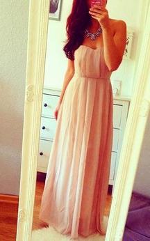 Floor-length Sweetheart Chiffon Pleated Dress