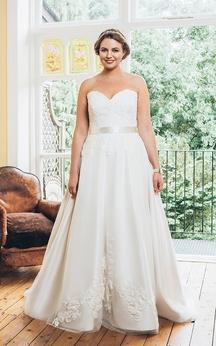 A-Line Floor-Length Sweetheart Sleeveless Satin Appliques Dress