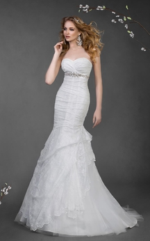 Mermaid Long Sweetheart Sleeveless Lace-Up Lace Dress With Beading And Draping