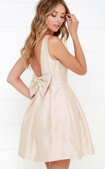 Short Satin Sleeveless Dress With Bow Back