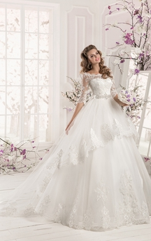 Bateau Neck Half Sleeve A-line Organza Wedding Dress With Lace Bodice