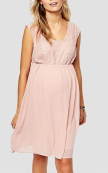 Casual Style Scoop Neck Chiffon Dress With Lace Cap Sleeves