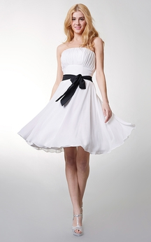 Lovely Strapless Short A-line Chiffon Dress With Bow Sash