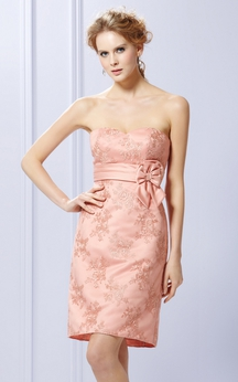 Embroidery Short Strapless Dress With Bowknot