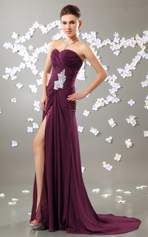 Sweetheart Ruching Dress With Front-Split and Beaded Broach