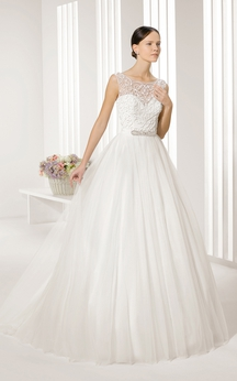 Gorgeous Illusion Keyhole Back Gown With Embroidery