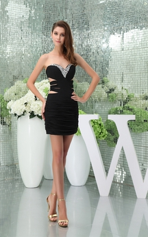 Sweetheart Short Body-Fitting Keyhole and Dress With Ruching