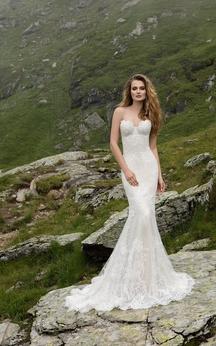 Sweetheart Floor-length Sleeveless Appliques Lace Sheath Dress