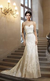 Sweetheart Sheath Lace Wedding Dress