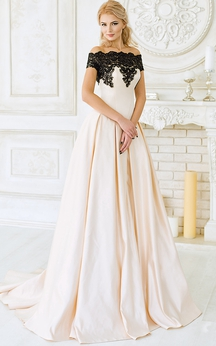 A-Line Court Train Strapless Tulle Ruffles Appliques Illusion Dress