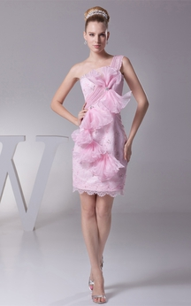 One-Shoulder Mini Body-Fitting Flower and Dress With Beading