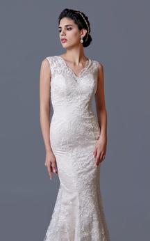 Sleeveless Mermaid Lace Wedding Dress With Illusion Back