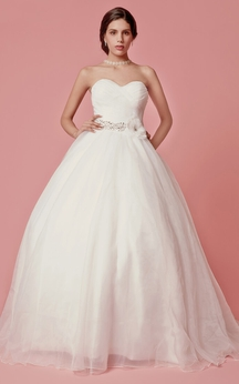 Femme Sweetheart Neckline Organza Ball Gown With Flower Detailing