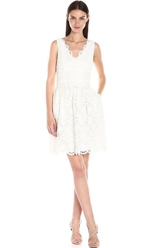 V-neck Scalloped Sleeveless Zipper Lace Dress with Pockets