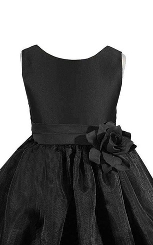 Sleeveless A-line Ruched Dress With Flower and Bow