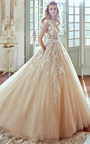 Vera wang rental wedding gown designer bridal dress dorris wedding v neck a line wedding dress with floral lace appliques and pleated tulle skirt junglespirit Images