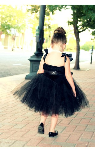 Jewel Neck Backless Tiered Knee Length Tulle Dress With Bows