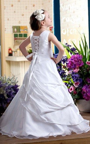 Lovely Sleeveless Appliqued Flower Girl Dress With Corset Back