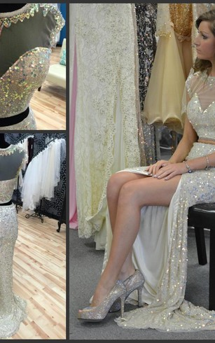 Glamorous Cap Sleeve Sequins Prom Dresses 2016 Two Pieces Slit Beadings