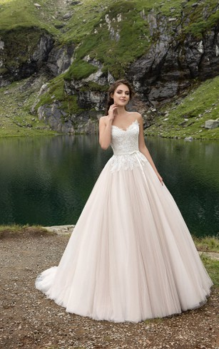 V-neck Romantic A-line Tulle Wedding Dress With Lace Bodice And Pleatings