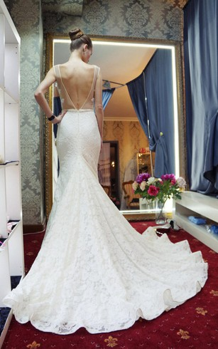 Wedding dress ball gown style bustle