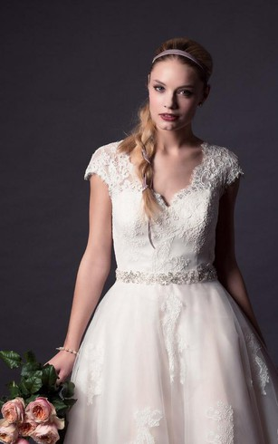 A-Line Mini V-Neck Bell Cap Appliques Button Tulle Lace Dress