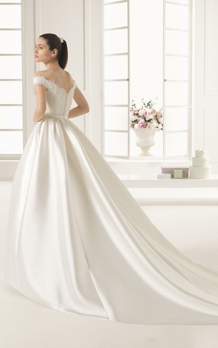 Style Lacy Bodice Satin Gown With Pockets And Bow
