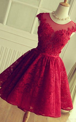 Elegant A-Line Jewel Cap Sleeve Short Back Lace Applique Knee Length Dress