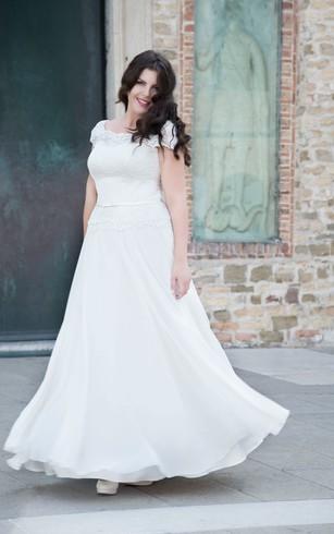 A Line Floor Length Scoop Neck Short Sleeve Cap Chiffon Lace Dress