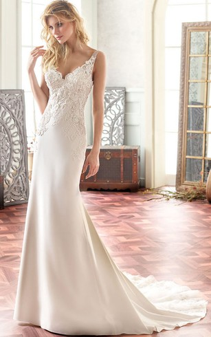 Off White Wedding Gowns | Ivory Bridal Dresses - Dorris Wedding