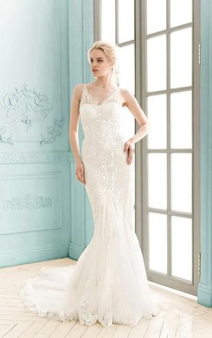 Designer Lace Wedding Dresses | Vintage Wedding Dresses - Dorris Wedding