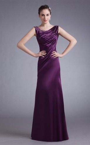 Sleeveless Maxi Satin Gown With Stress