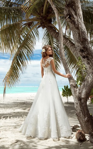 A-Line Floor-Length V-Neck Sleeveless Lace-Up Organza Dress With Appliques