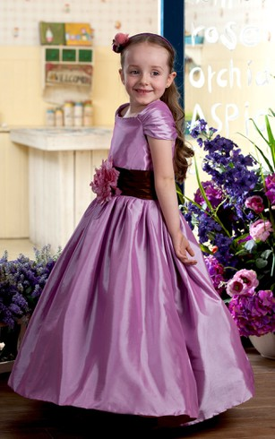 Lovely Caped-Sleeve Pleated Flower Girl Dress With Ruched Waist