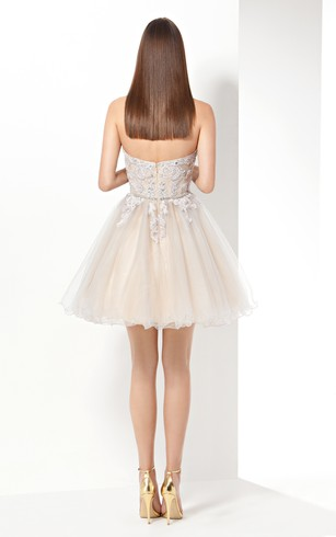 A-Line Short Sweetheart Sleeveless Tulle Beading Ruffles Backless Dress