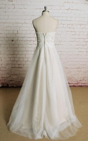 Sweetheart Lace Bodice Tulle Skirt A-Line Bridal Dress