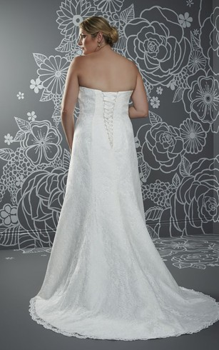A-Line Floor-Length Strapless Sleeveless Lace Sweep Train Lace-Up Back Beading Dress